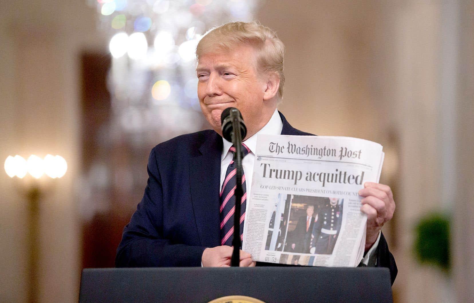 Au lendemain de son acquittement, Donald Trump n'a pas caché sa satisfaction devant les manchettes des grands journaux américains, jeudi.