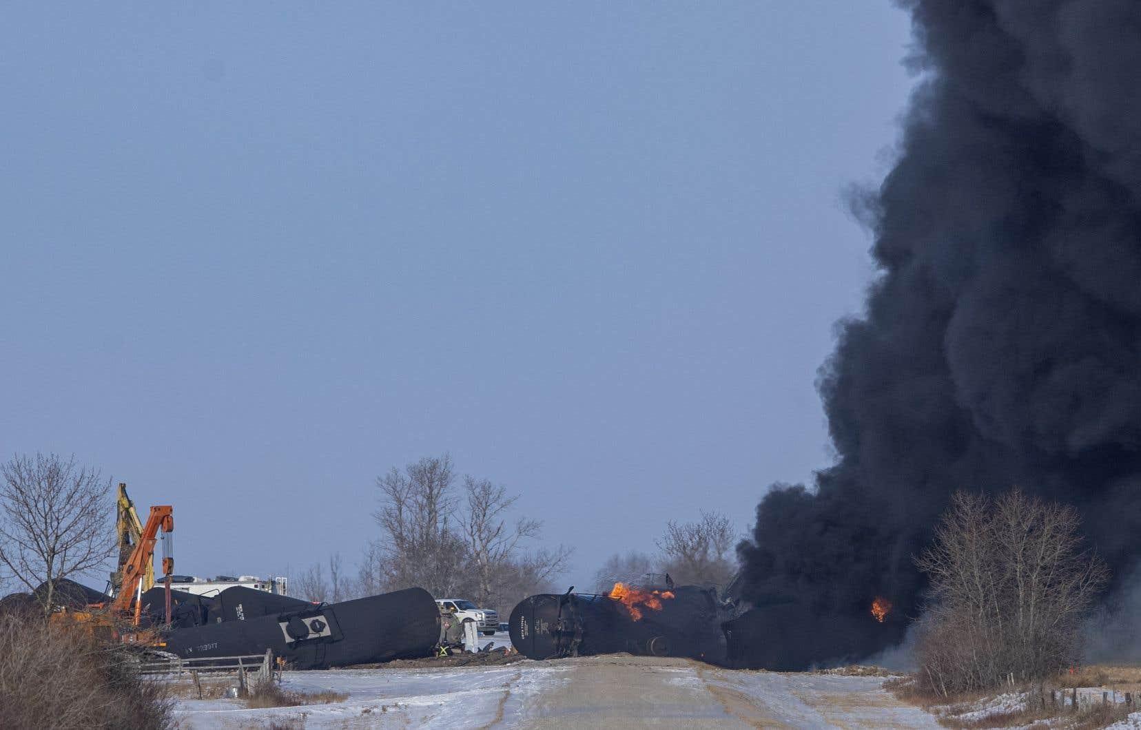 Environ 19 wagons d'un train du CP avaient déraillé dans la même zone en décembre, provoquant un important incendie et une fuite de 1,5million de litres de pétrole.