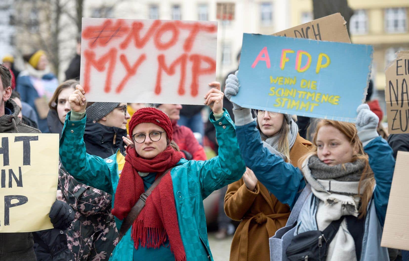 L'alliance entre la droite et l'extrême droite en Thuringe a provoqué des mouvements de protestation dans plusieurs villes en Allemagne, notamment à Erfurt, dans l'est du pays.