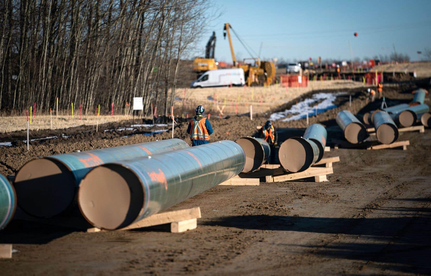 Selon la corporation Trans Mountain, les travaux d'agrandissement du pipeline coûteront 12,6 milliards plutôt que les 7,4 milliards prévus initialement.