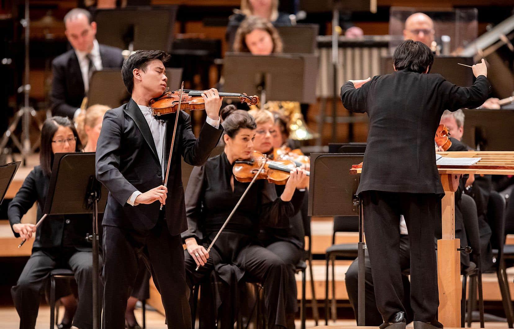 Timothy Chooi, violoniste canadien de 26 ans, tout juste auréolé de son 2e prix au Concours Reine Élisabeth de Belgique, fait partie des dauphins de James Ehnes.