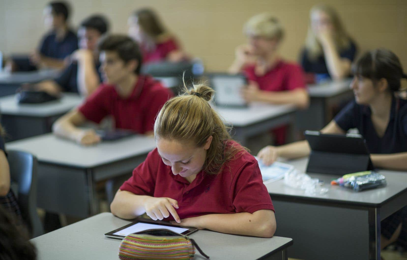Doit-on retirer la tablette des écoles secondaires?
