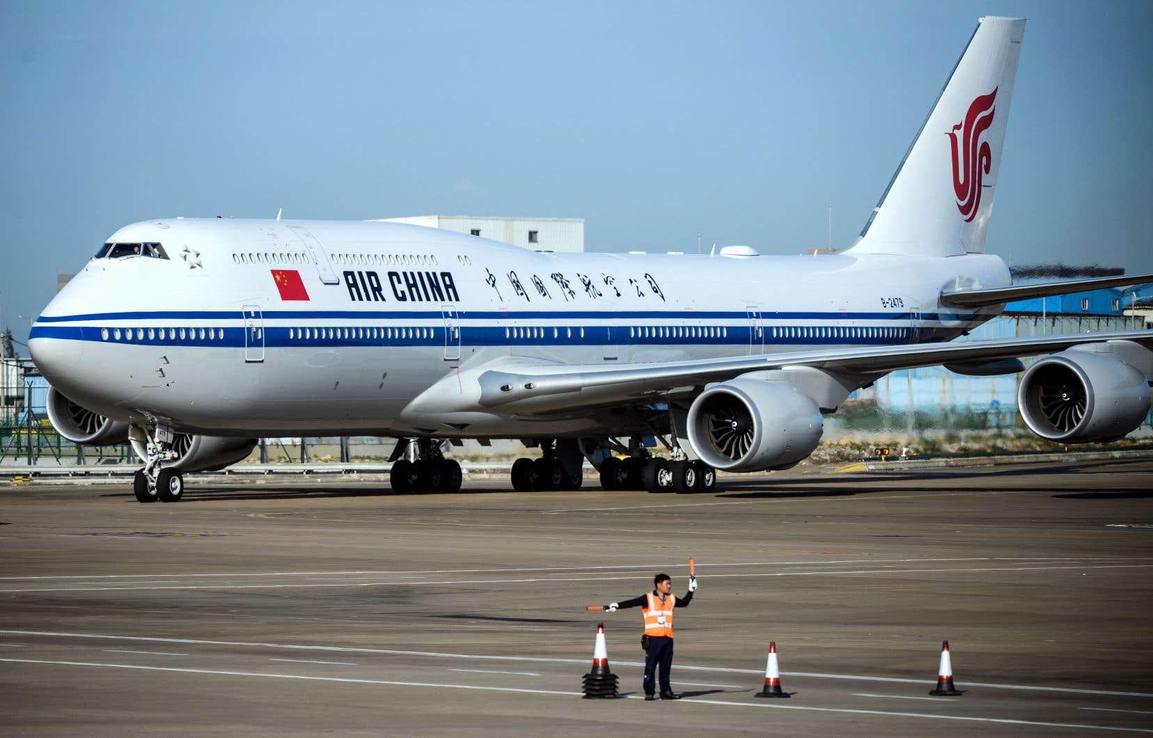 Le secteur du transport aérien est fortement touché par l'épidémie de coronavirus.