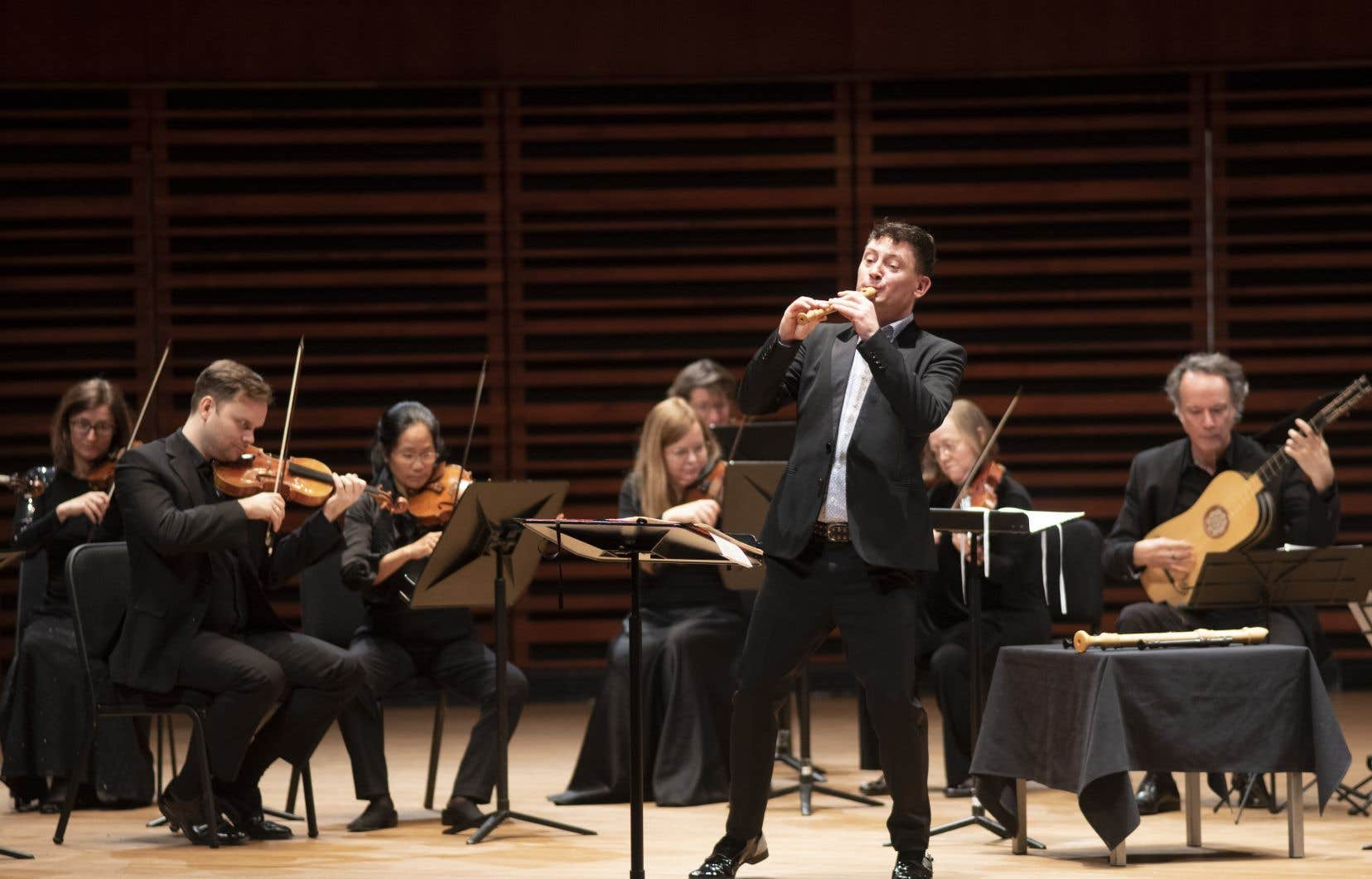 Le flûtiste à bec Maurice Steger était venu avec une panoplie de flûtes pour animer son concert avec Les Violons du Roy.