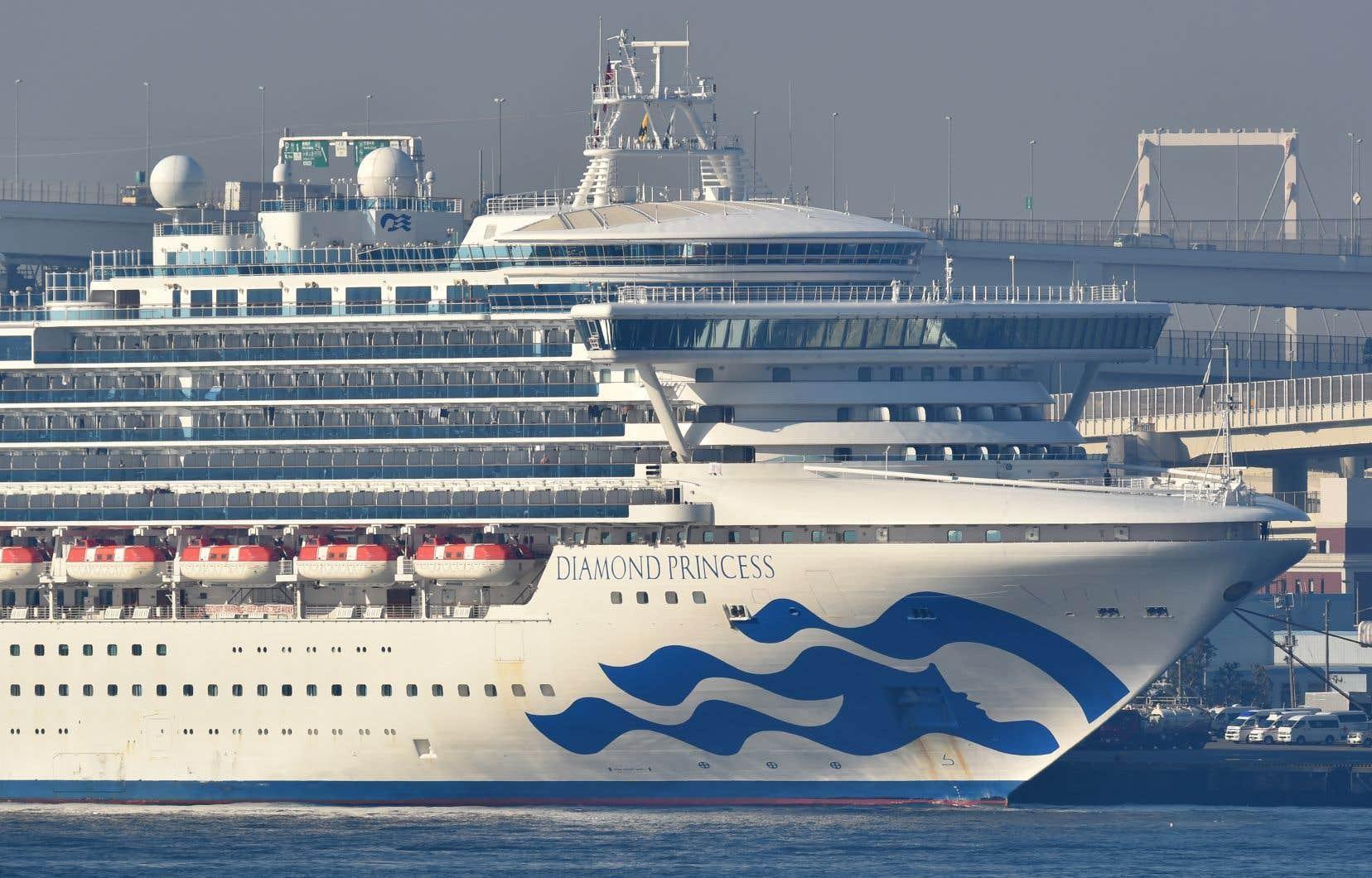 Au total, sur les 3700 passagers du Diamond Princess, près de 285 personnes sont infectées par le COVID-19.