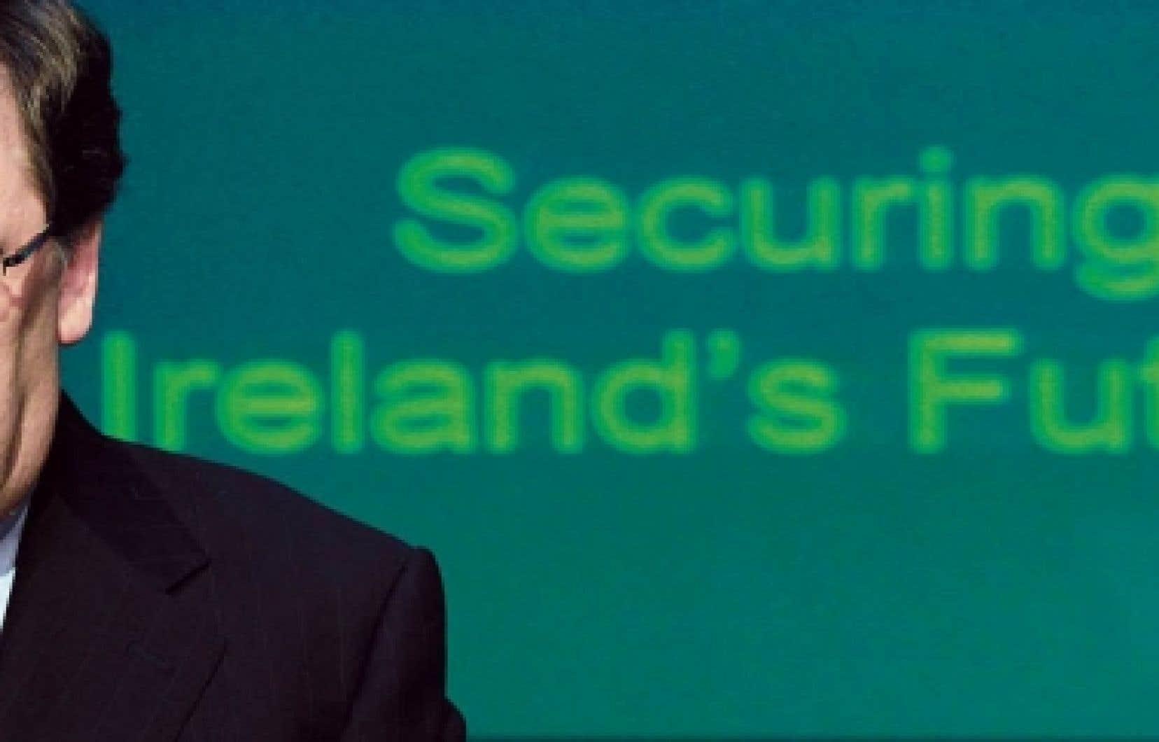 Brian Cowen, premier ministre d'Irlande, au moment d'annoncer le plan de rigueur.<br />
