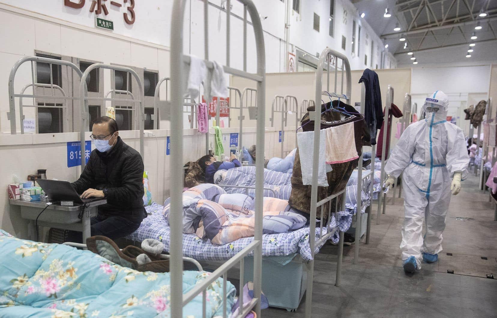 Le nombre de contaminations en Chine a dépassé mardi le cap des 72 300.