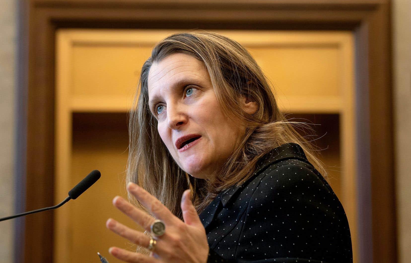 La vice-première ministre a rappelé aux partis d'opposition l'ampleur des concessions réclamées par le président américain au début des négociations commerciales.
