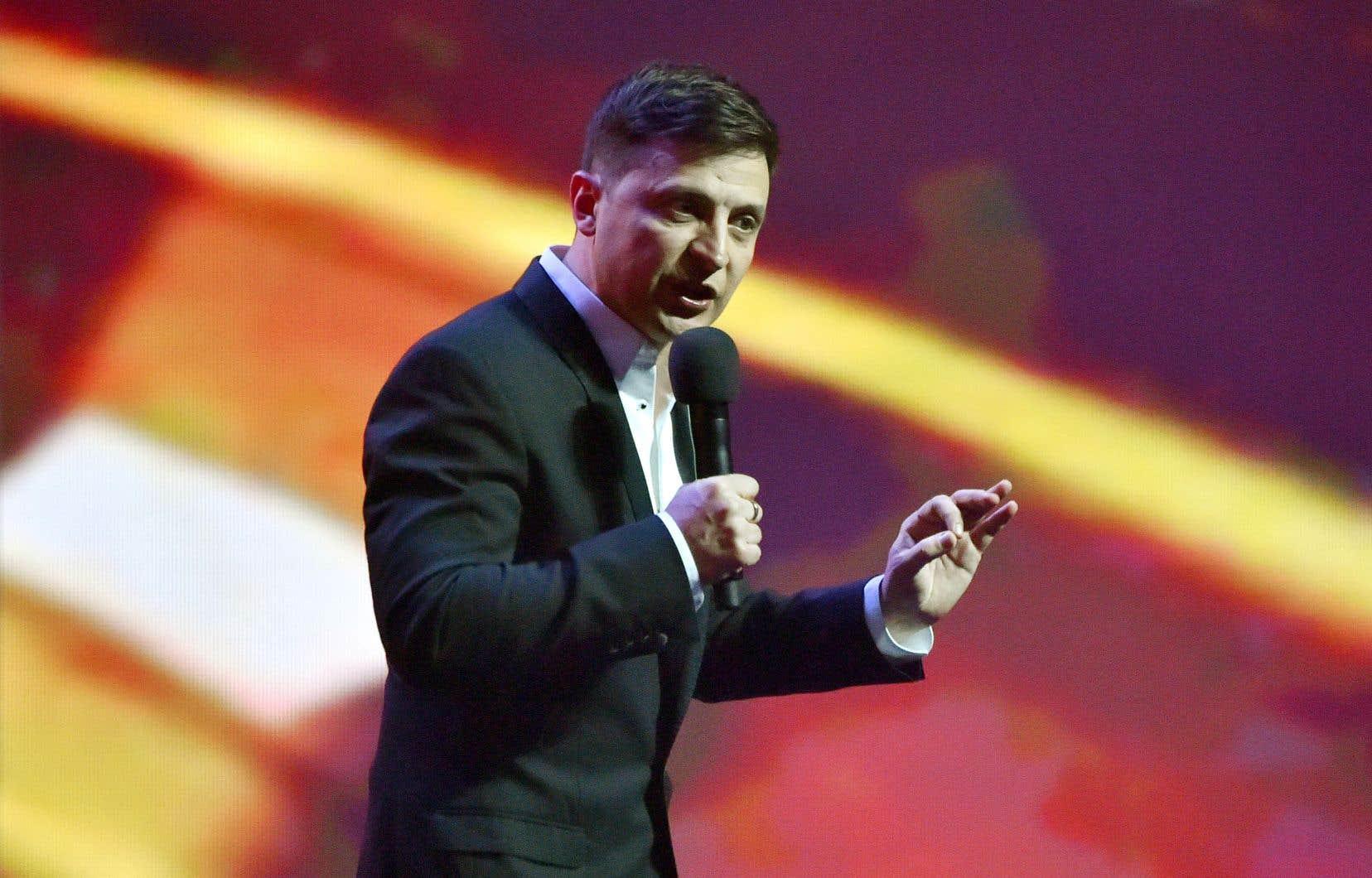 Figure de la scène humoristique ukrainienne et héros d'une comédie télévisée populaire, Volodymyr Zelensky est devenu l'an dernier président de son pays.
