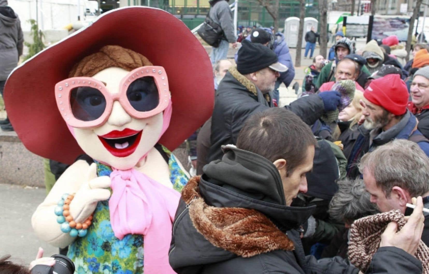 La mascotte de l'événement État d'urgence, qui se tient jusqu'à dimanche à Montréal.<br />