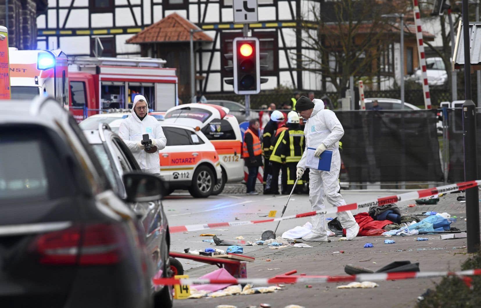 Le chef de la police de Francfort a évoqué sept personnes grièvement touchées.
