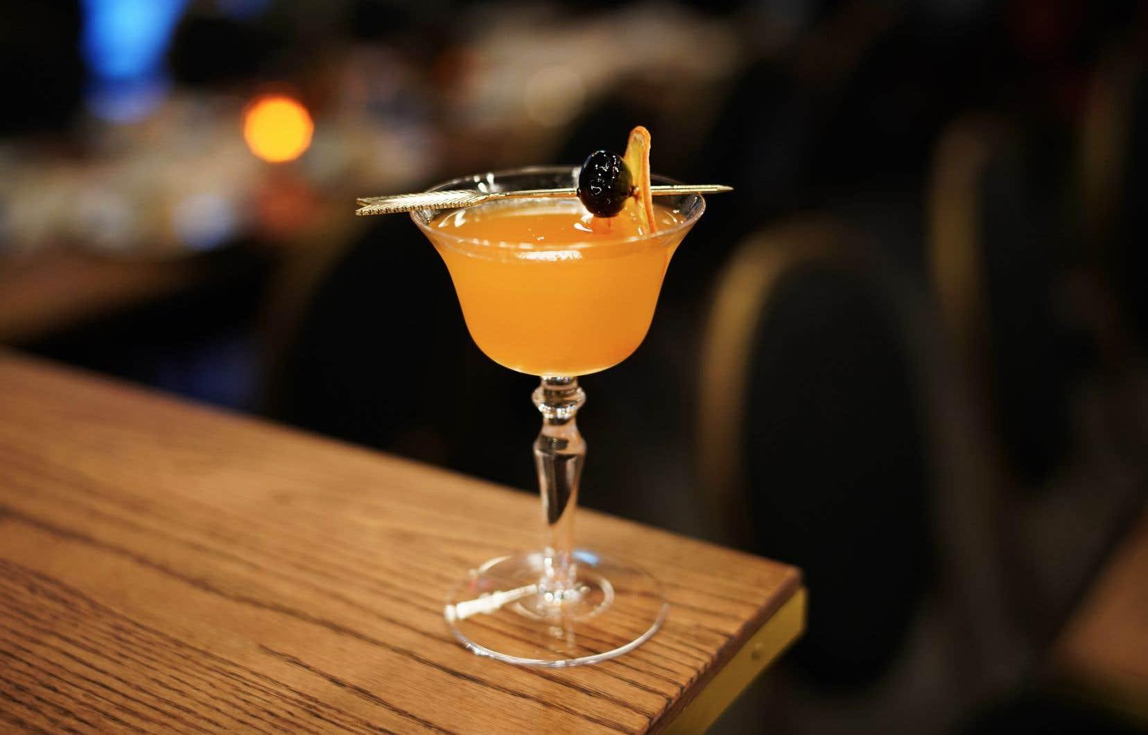 <p>Garnir d'une rondelle d'orange ou d'une cerise italienne.</p>