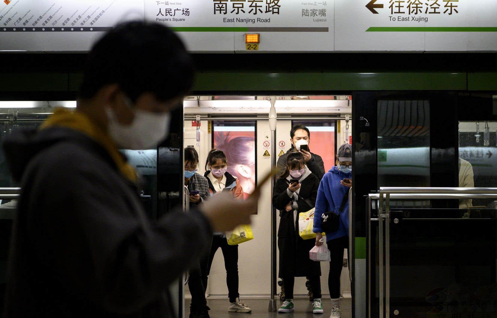 La multinationale établie à Montréal a demandé à ses employés qui se trouvent en Chine de travailler à domicile.