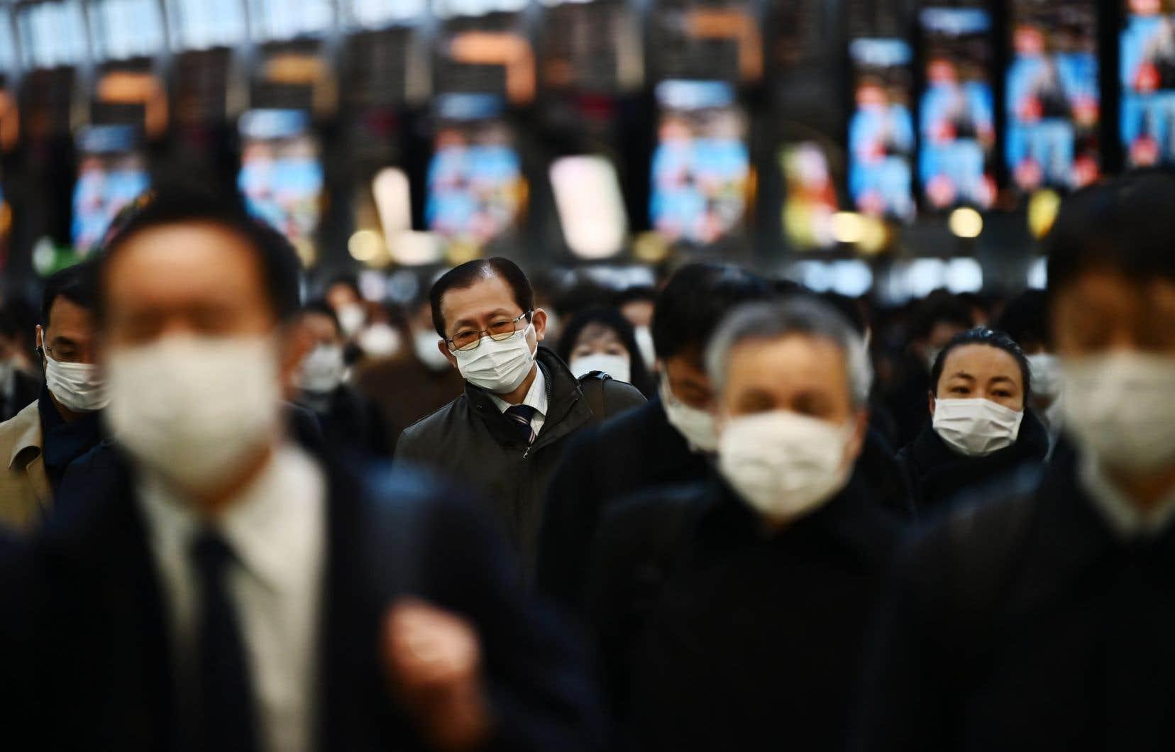 Ce plan d'urgence utiliserades fonds de réserve à hauteur de plus de 270milliards de yens (3,35milliards de dollars canadiens).