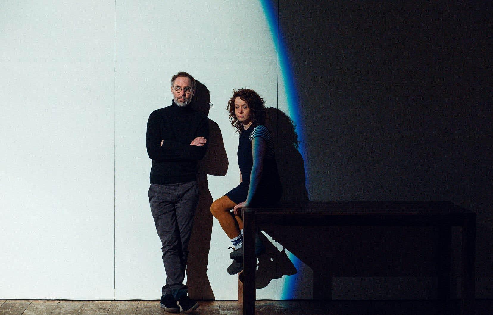 Le metteur en scène Sylvain Bélanger et la dramaturge Rébecca Déraspe