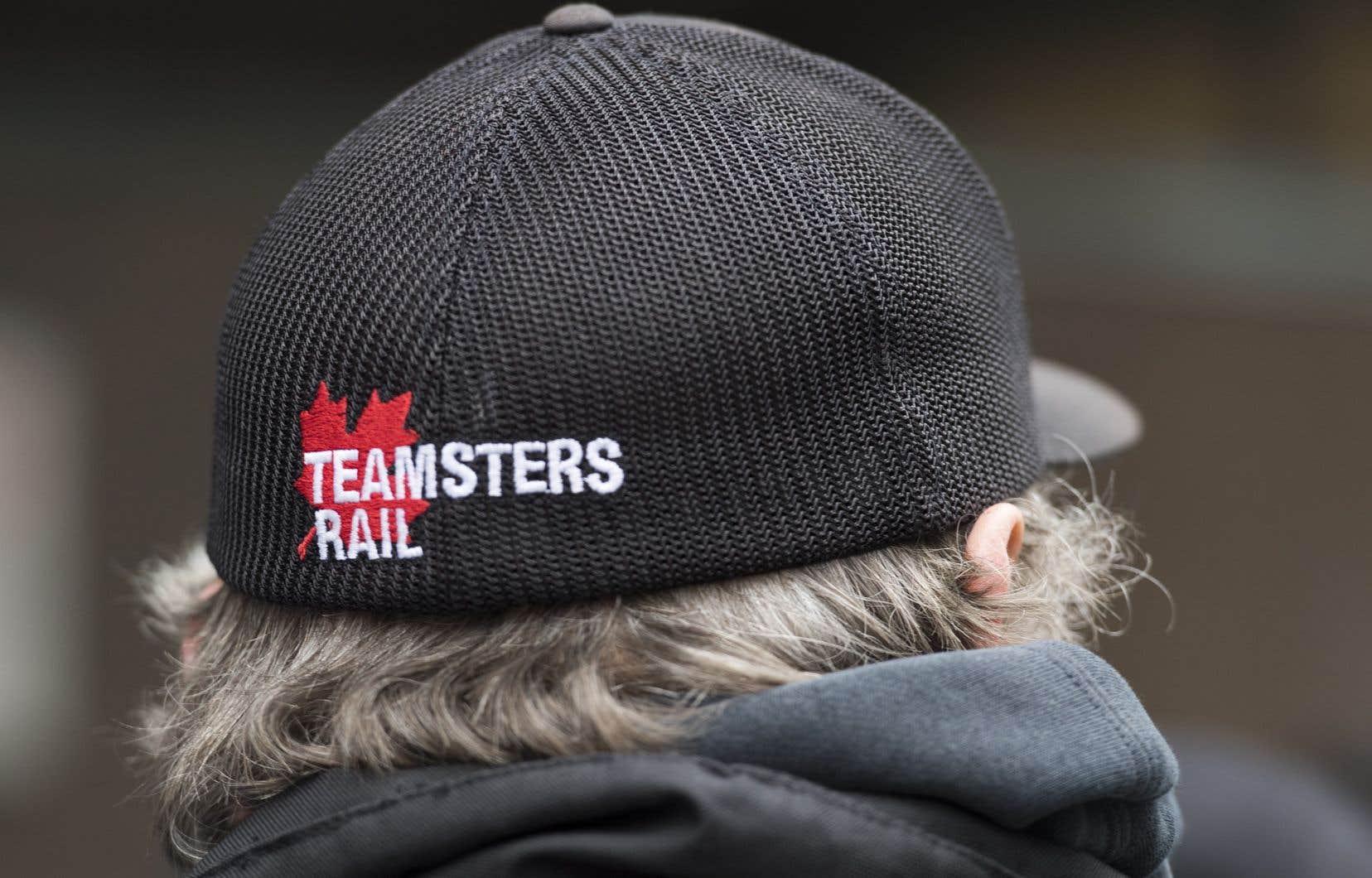 Les blocus ont paralysé plus de 1400 trains de marchandises et de voyageurs et, selon les estimations d'analystes, ont coûté à l'entreprise ferroviaire des millions de dollars.