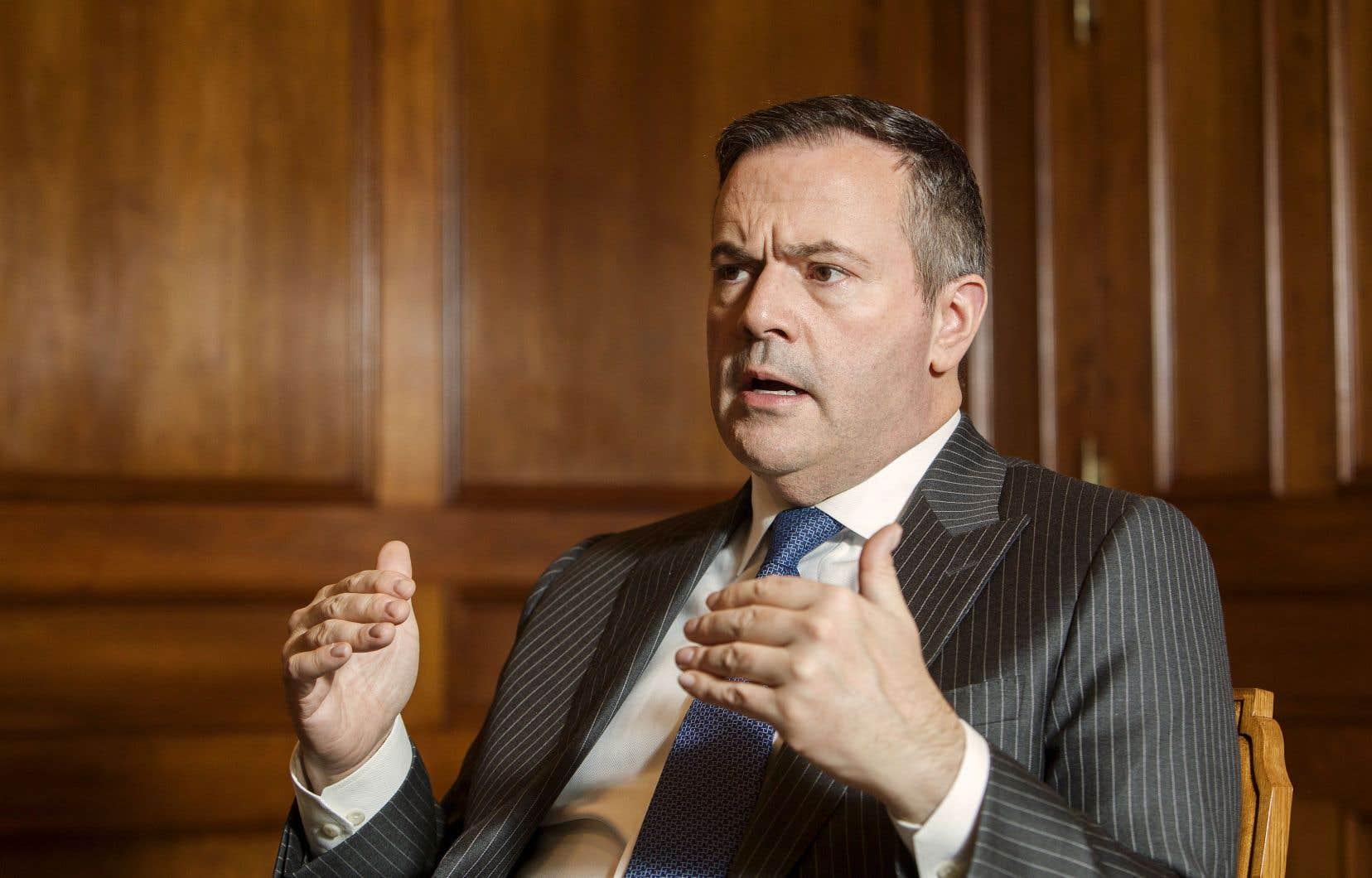 Le premier ministre de l'Alberta, Jason Kenney, préfère Erin O'Toole à Peter MacKay.