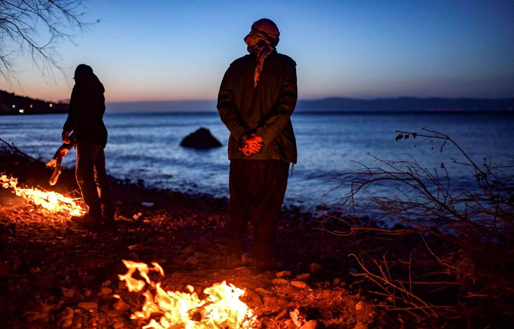 Depuis la décision du gouvernement turc, vendredi dernier, d'ouvrir ses frontières aux migrants voulant rejoindre l'Union européenne, les îles grecques ont vu arriver plus de 1700 d'entre eux.