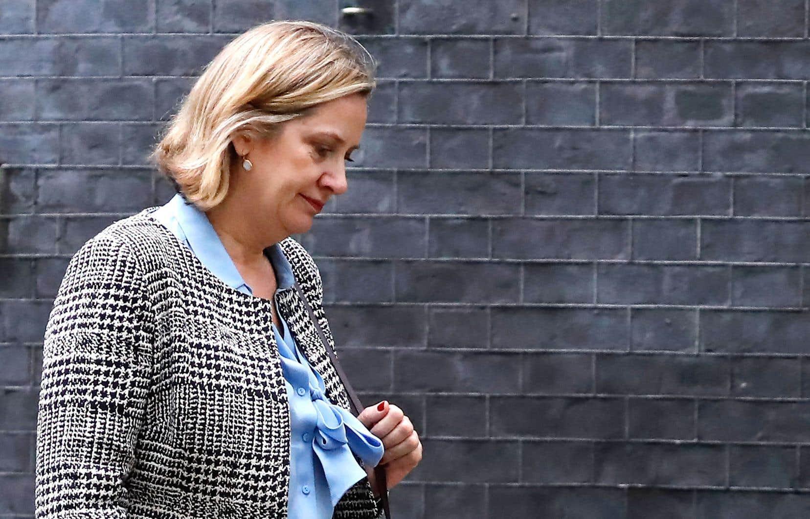 Amber Rudd a jugé «malpolie» la décision, qu'elle a aussi qualifiée «d'erreur de jugement», d'annuler son intervention à peine 30 minutes avant l'heure prévue.
