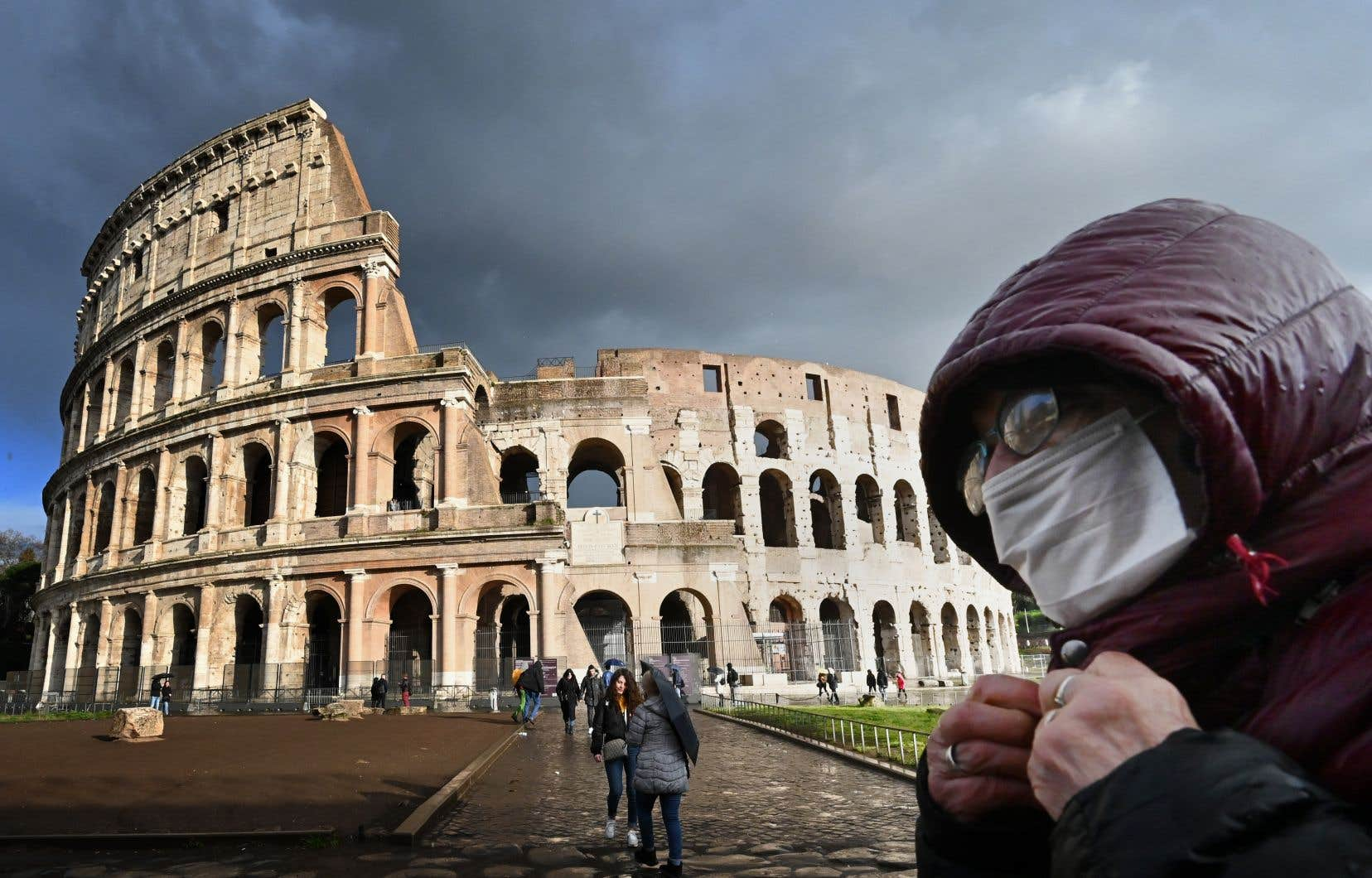 En Italie, la progression du nombre de personnes contaminées a été importante: plus de 1247 cas au cours des dernières 24heures et 36 nouveaux décès.