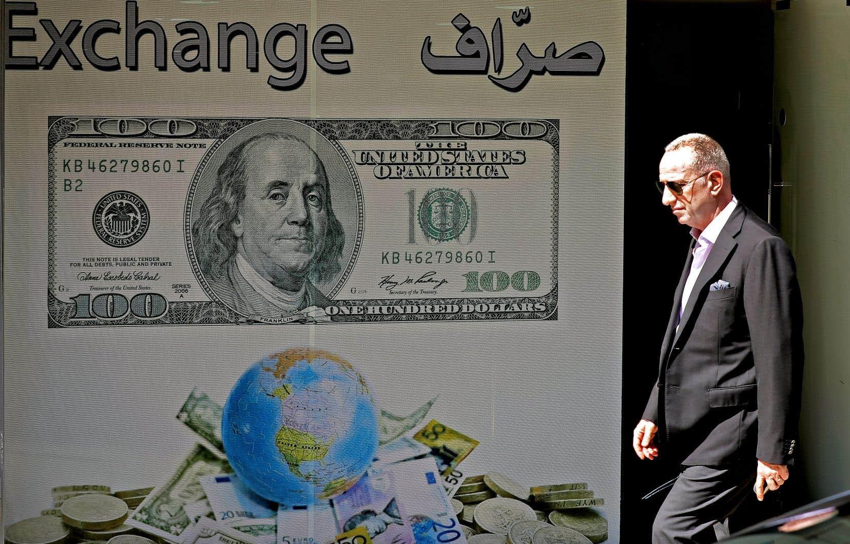 Sur fond de crise, les Libanais se sont rendu compte que le système bancaire est extrêmement fragile.
