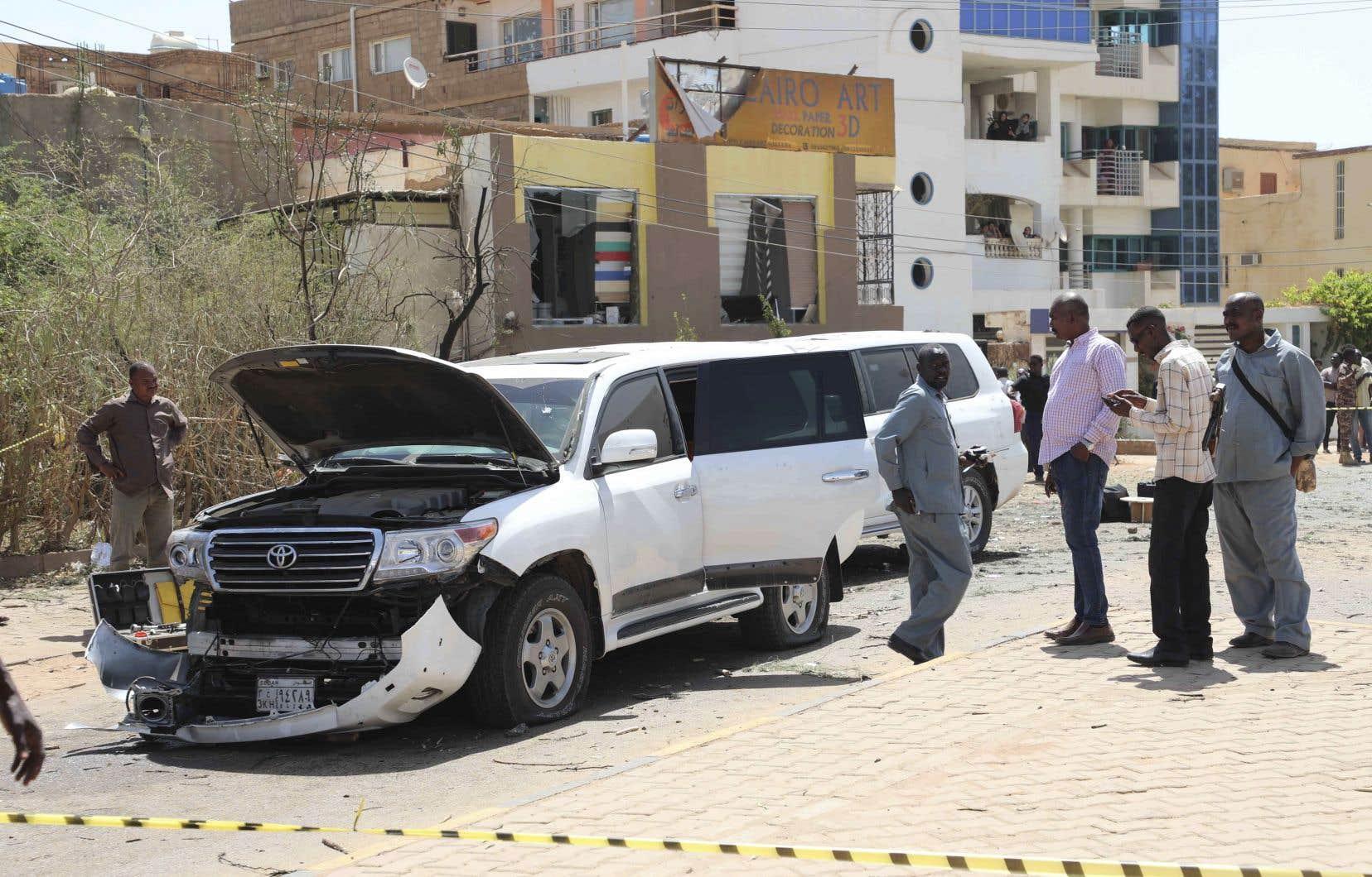 Le convoi d'AbdallahHamdok a été visé par une explosion et des tirs d'armes automatiques.
