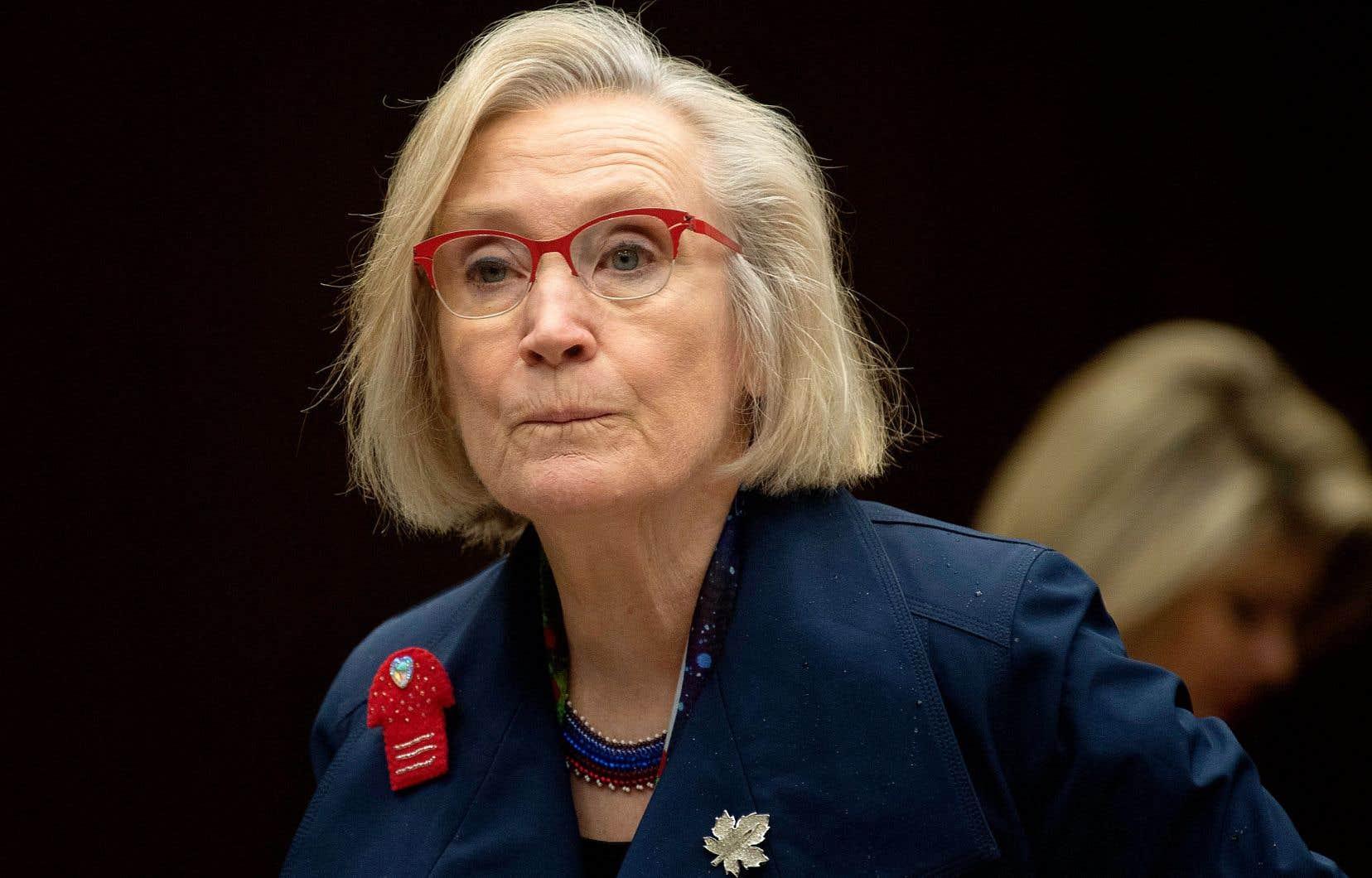 De passage en comité parlementaire mardi, la ministre Carolyn Bennett s'est défendue d'avoir ignoré les chefs élus de la nation wet'suwet'en.