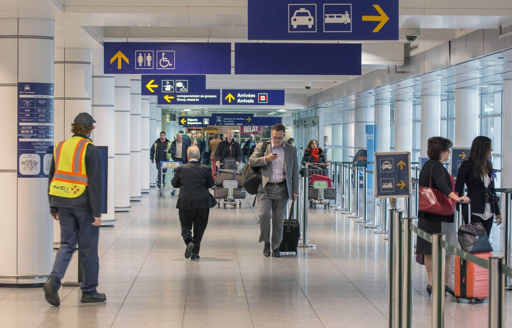 Vendredi, Ottawa a annoncé de nouvelles mesures aux points d'entrée et l'assignation des vols internationaux vers un nombre limité d'aéroports.