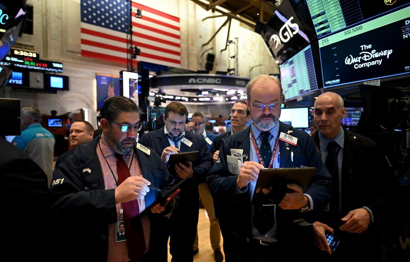 Les échanges ont été suspendus à la Bourse de New York.
