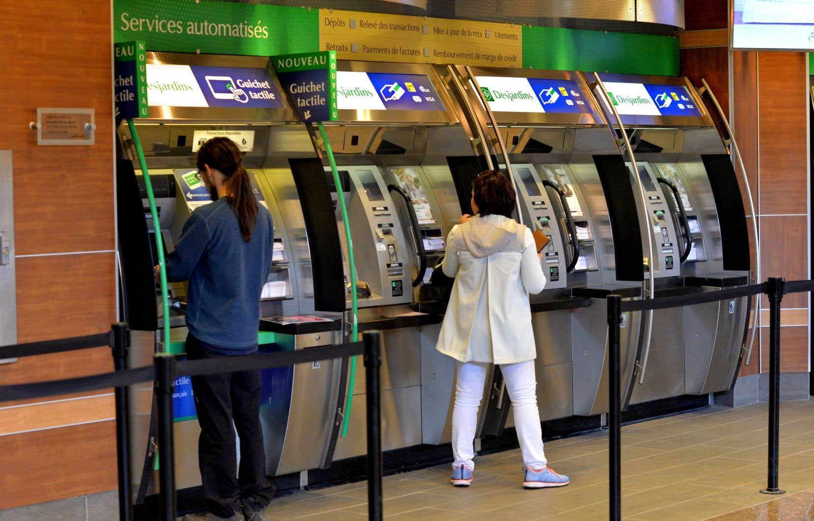 Les guichets automatiques de Desjardins continueront d'être accessibles.