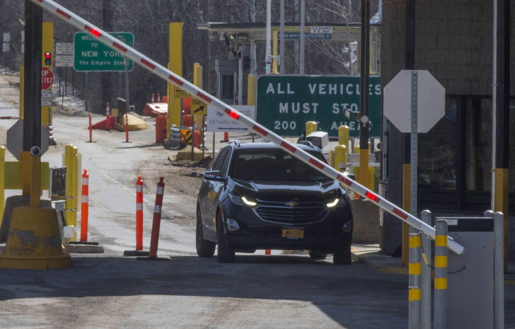 Les travailleurs étrangers temporaires pourront entrer au pays, malgré la fermeture de la frontière entre le Canada et les États-Unis et d'autres restrictions de déplacement.