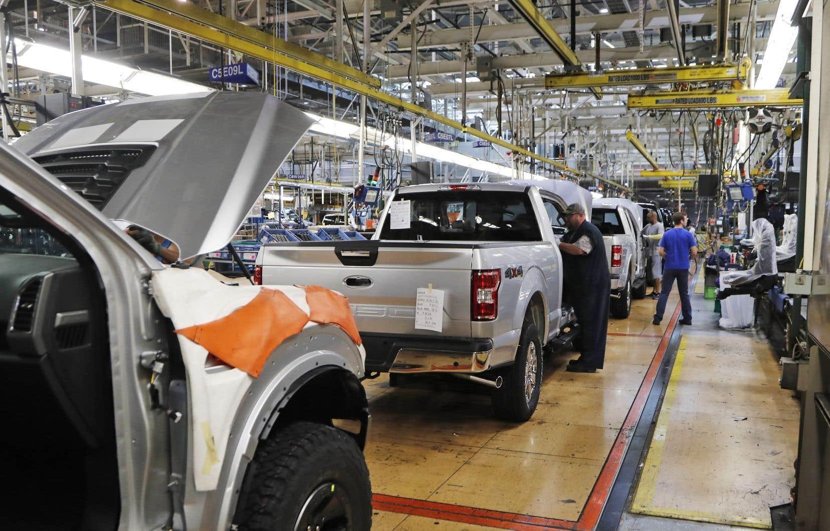 Ford explique réfléchir à de meilleurs moyens pour limiter le déclin des ventes de voitures dû, selon lui, à la décision du gouvernement fédéral de limiter les voyages à l'international et les contacts entre personnes.