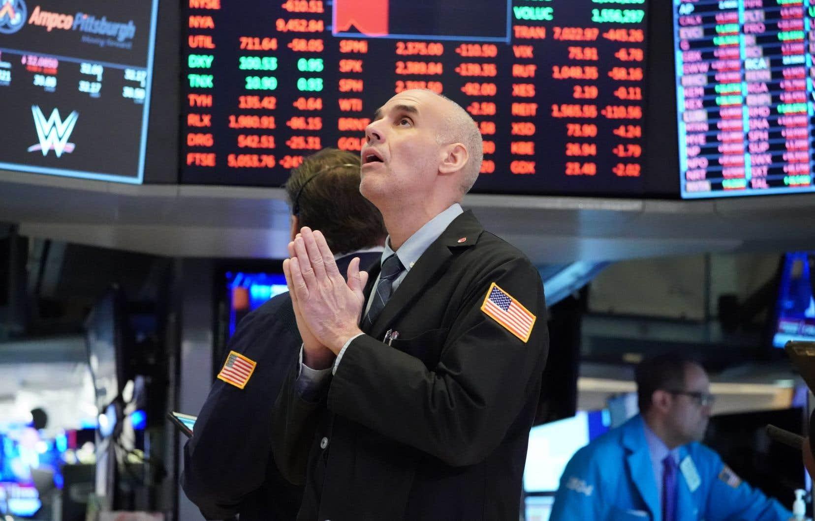 La Bourse de New York a terminé en hausse jeudi à l'issue d'une séance en dents de scie, rebondissant au lendemain d'une nouvelle journée difficile.