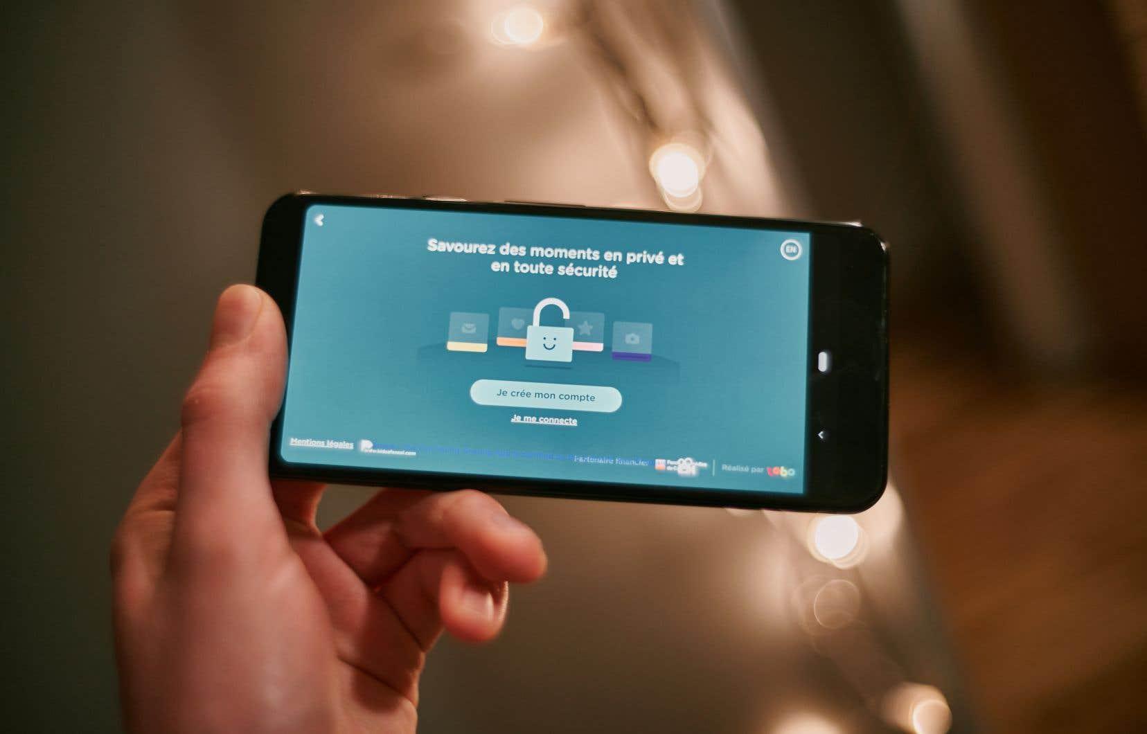 L'application Smala, développée par le concepteur d'applications montréalais TOBO studio, permet aux plus jeunes de garder le contact avec les aînés.