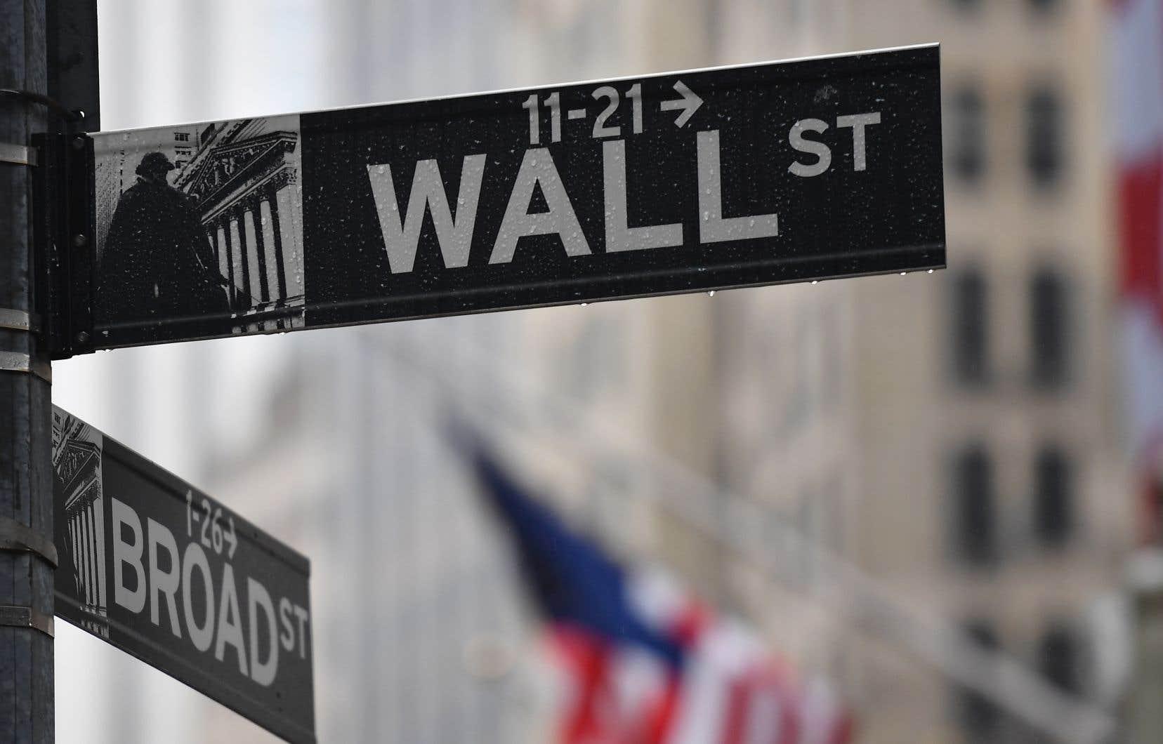 <p>La Bourse new-yorkaise avait connu un vif rebond mardi dans un marché confiant sur l'adoption de ces mesures d'aide.</p>
