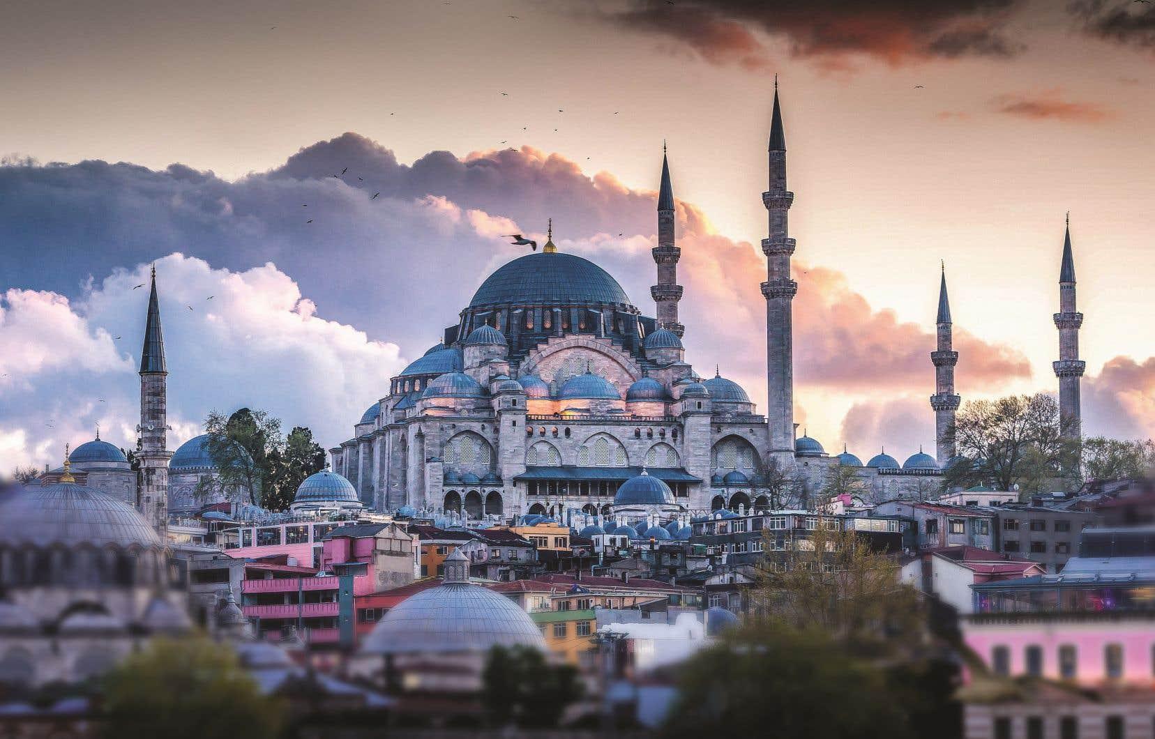 C'est le moment de visiter virtuellement des monuments grandioses telle la basilique Sainte-Sophie, à Istanbul.