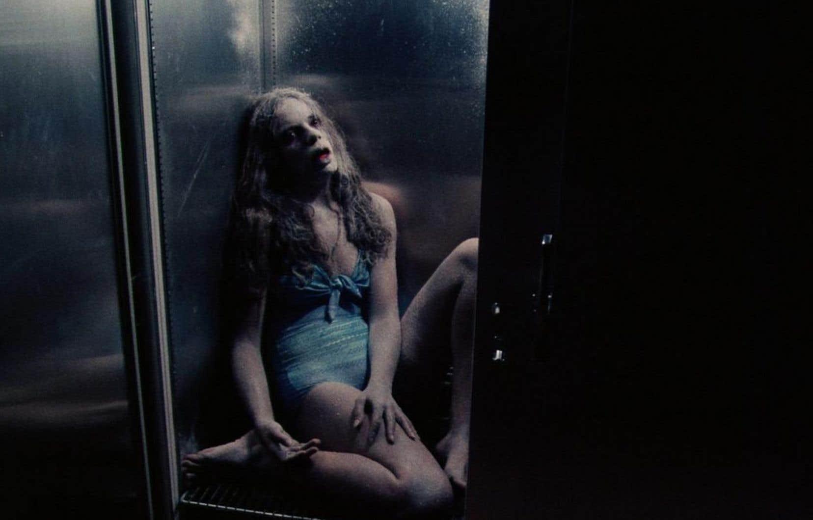 Dans Rage (Rabid), de David Cronenberg, c'est une expérimentation génétique qui déclenche l'hécatombe.