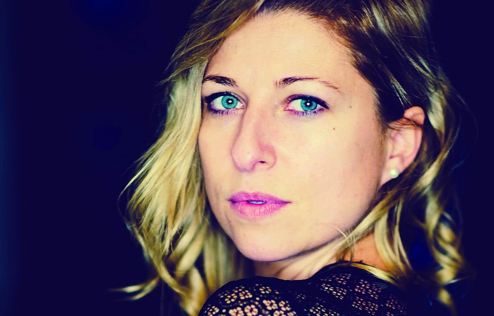 La chanteuse country, originaire de la capitale québécoise du genre, Saint-Tite, sort un nouvel album: «Après l'orage».