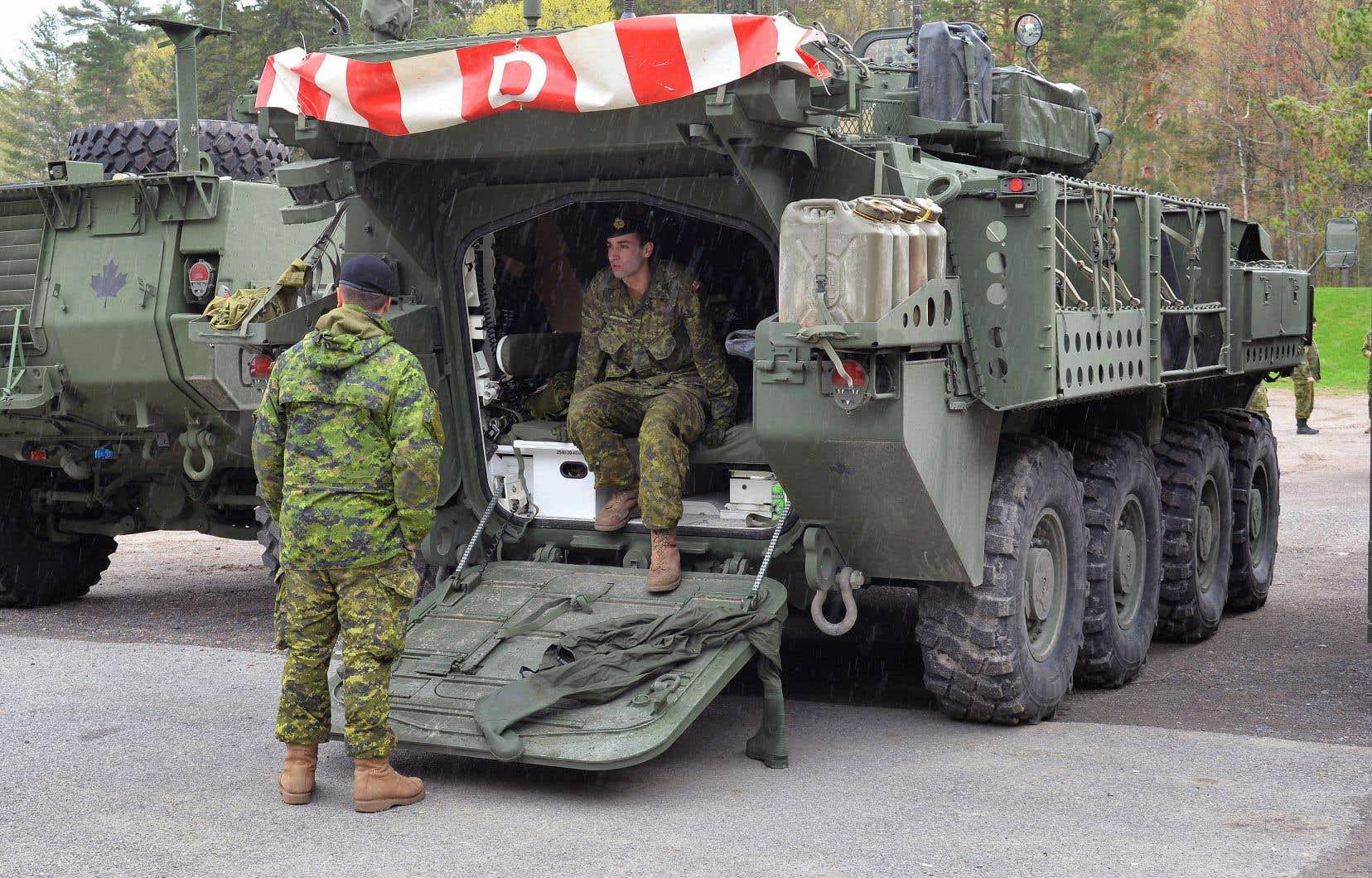 Jusqu'à 24000 membres des forces régulières et réservistes sont disponibles si nécessaire.