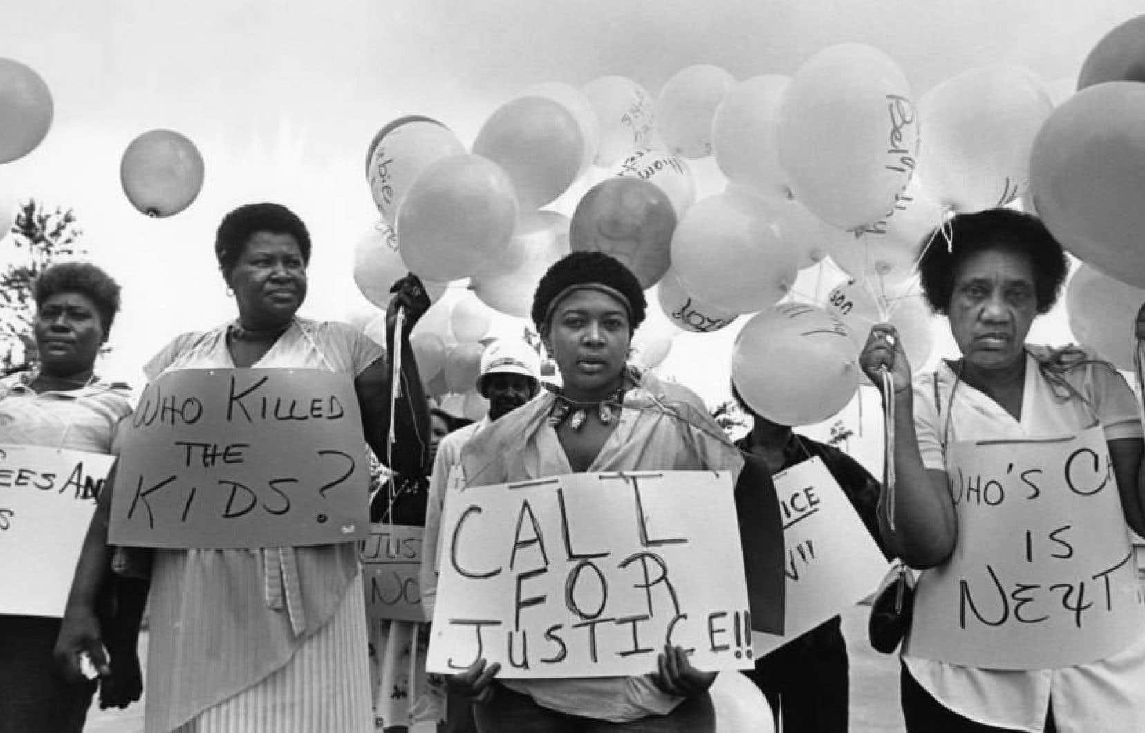 Il y a un peu plus d'un an, la mairesse d'Atlanta annonçait aux médias que les enquêtes pour les meurtres d'une trentaine d'enfants afro-américains assassinés entre 1979 et 1981 étaient rouvertes.