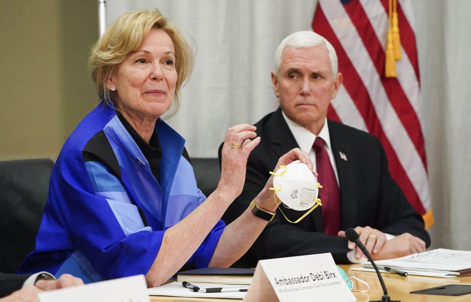 La coordonnatrice américaine de la stratégie contre la pandémie de COVID-19, la D<sup>re</sup> Deborah Birx, a rencontré les hauts dirigeants de la compagnie 3M avec le vice- président américain, Mike Pence, au siège social de la société, au Minnesota, le 5 mars dernier.