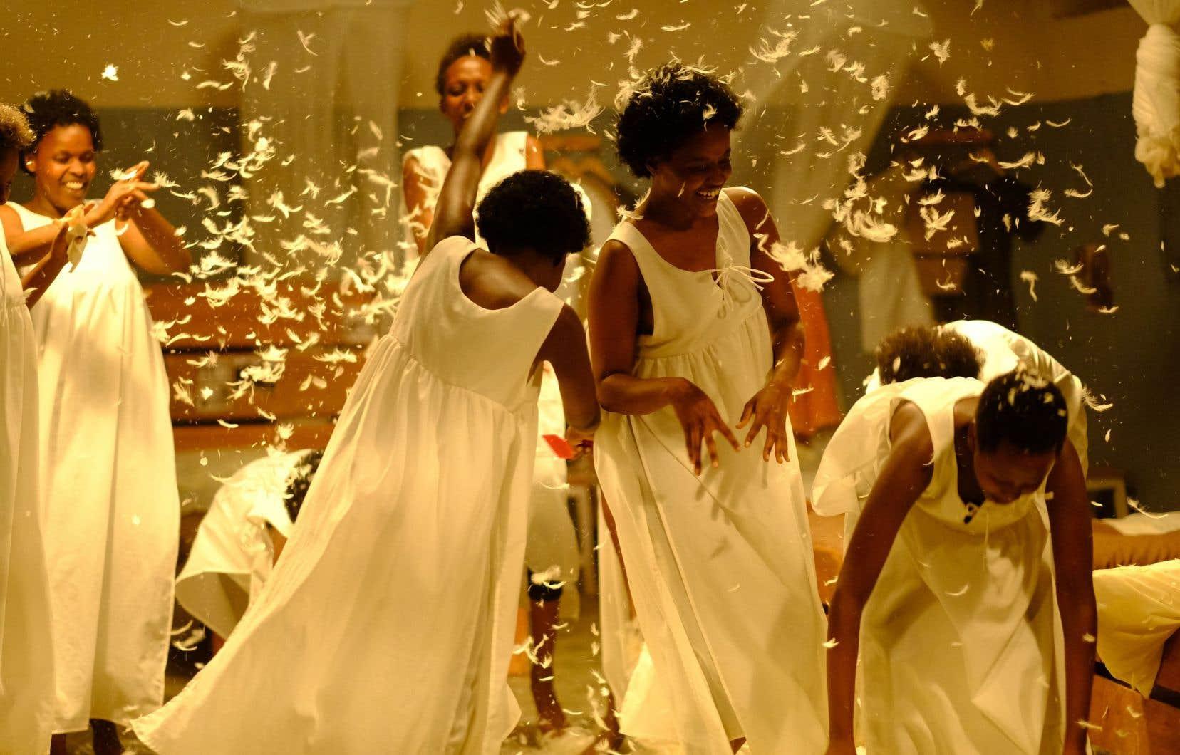 On pourra notamment voir «Notre-Dame du Nil<i>»</i>, inspiré du roman de Scholastique Mukasonga et réalisé par le cinéaste Atiq Rahimi.