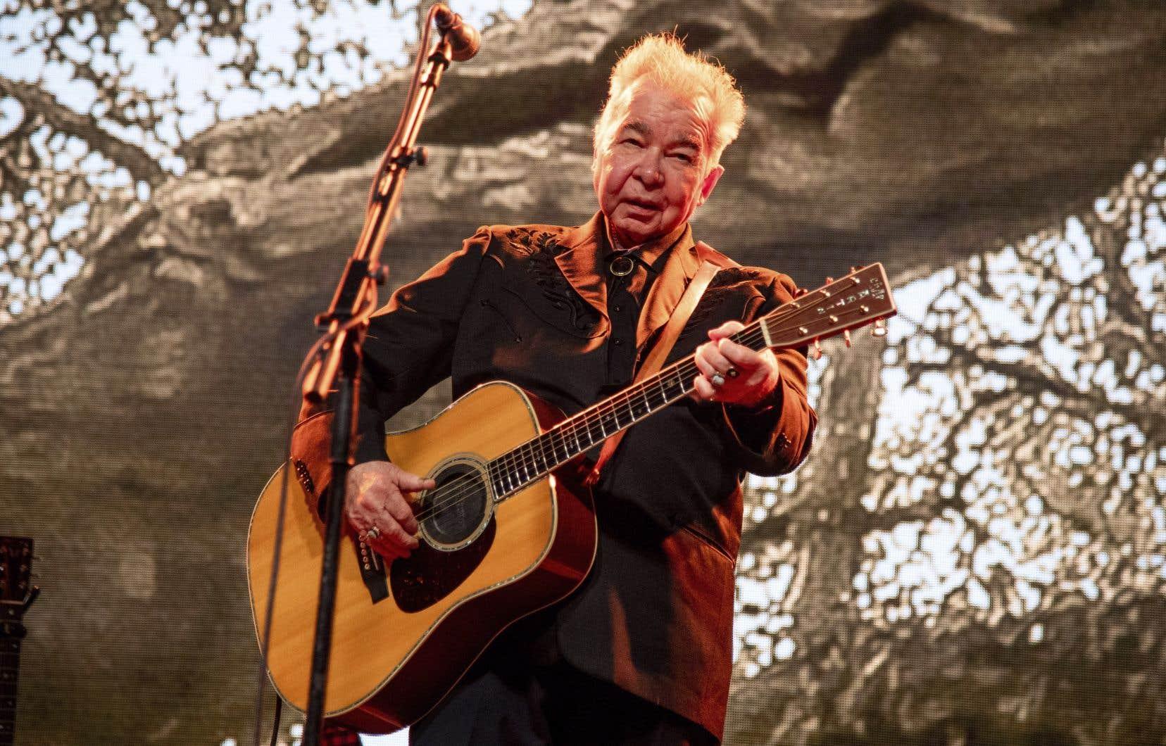 Gagnant d'un Grammy saluant l'ensemble de sa carrière plus tôt cette année, John Prine était considéré par plusieurs de ses pairs comme un virtuose.