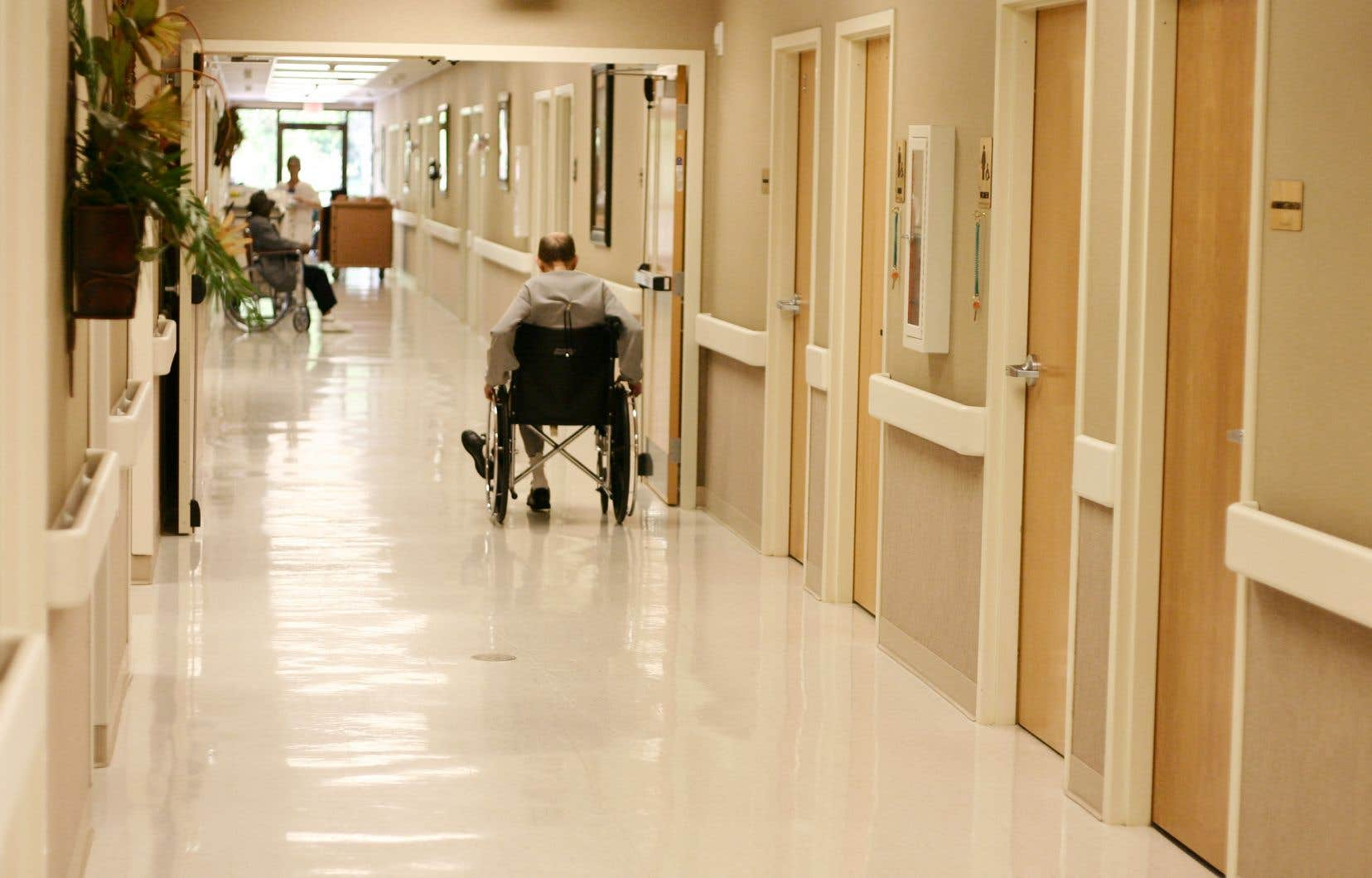 «Il est plus difficile d'augmenter la capacité de soins en CHSLD, là où les besoins sont désormais les plus criants», croit l'auteur.