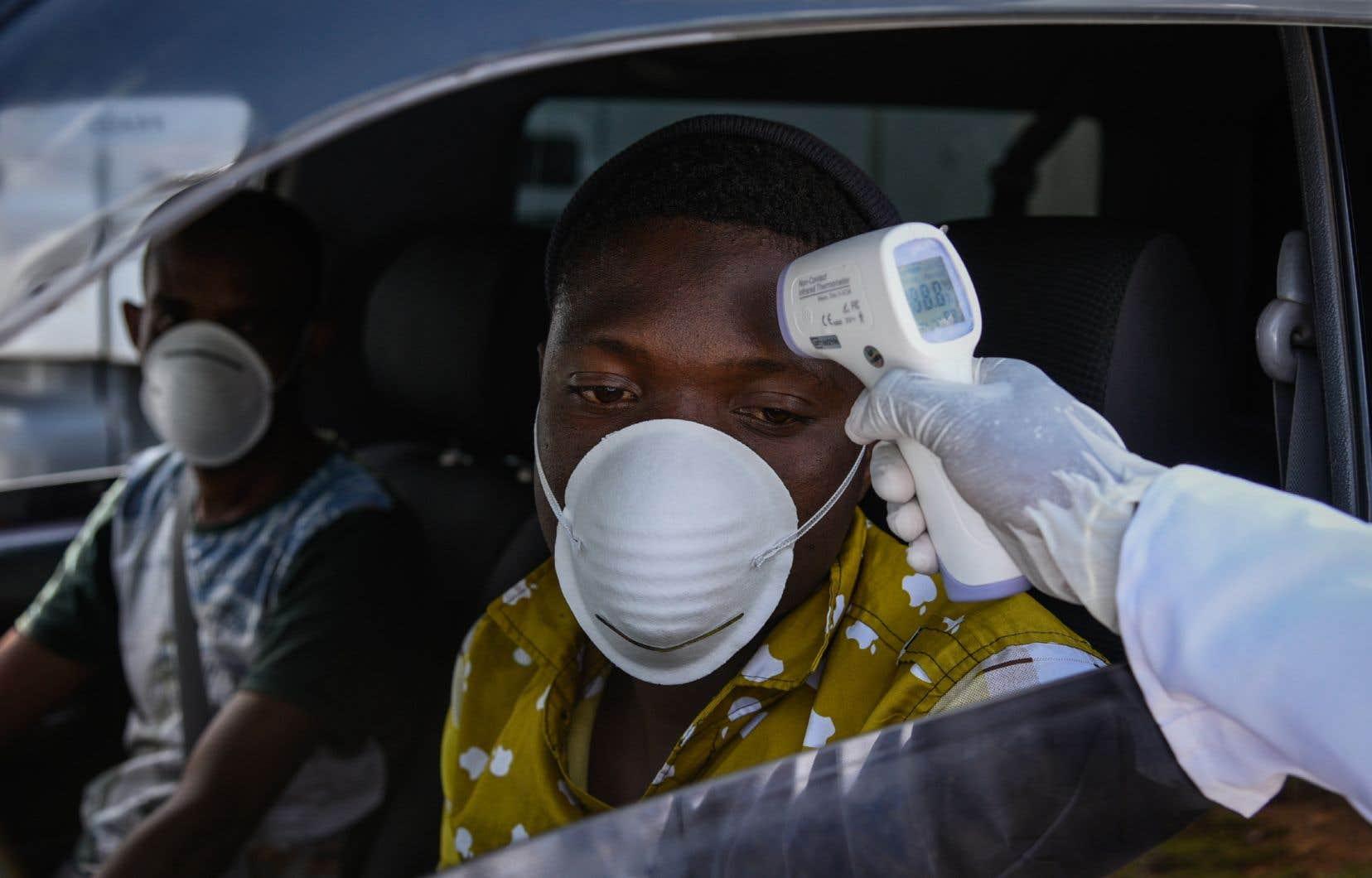 L'Afrique est jusqu'ici relativement épargnée par le coronavirus, mais a tout de même enregistré plus de 11500 cas et plus de 570 décès, selon un décompte de l'AFP.