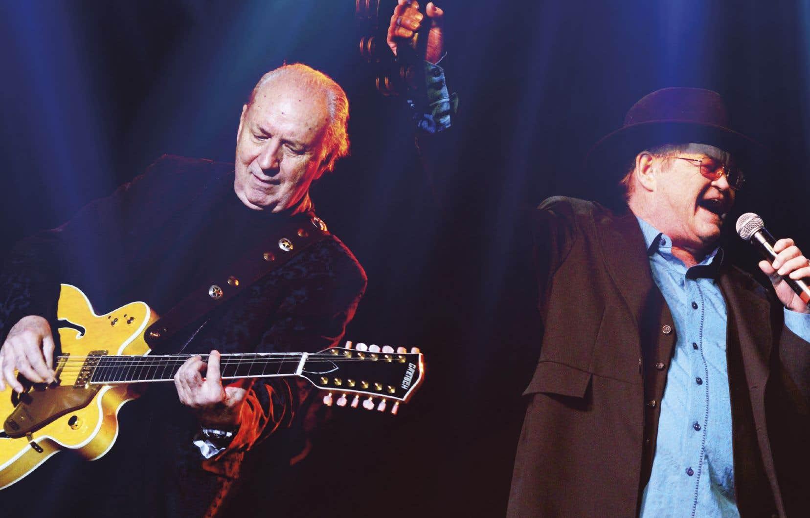 Les deux membres du groupe The Monkees, Mike Nesmith et Micky Dolenz, présentent depuis l'an dernier leurs plus grands succès avec la tournée «The Mike And Micky Show».