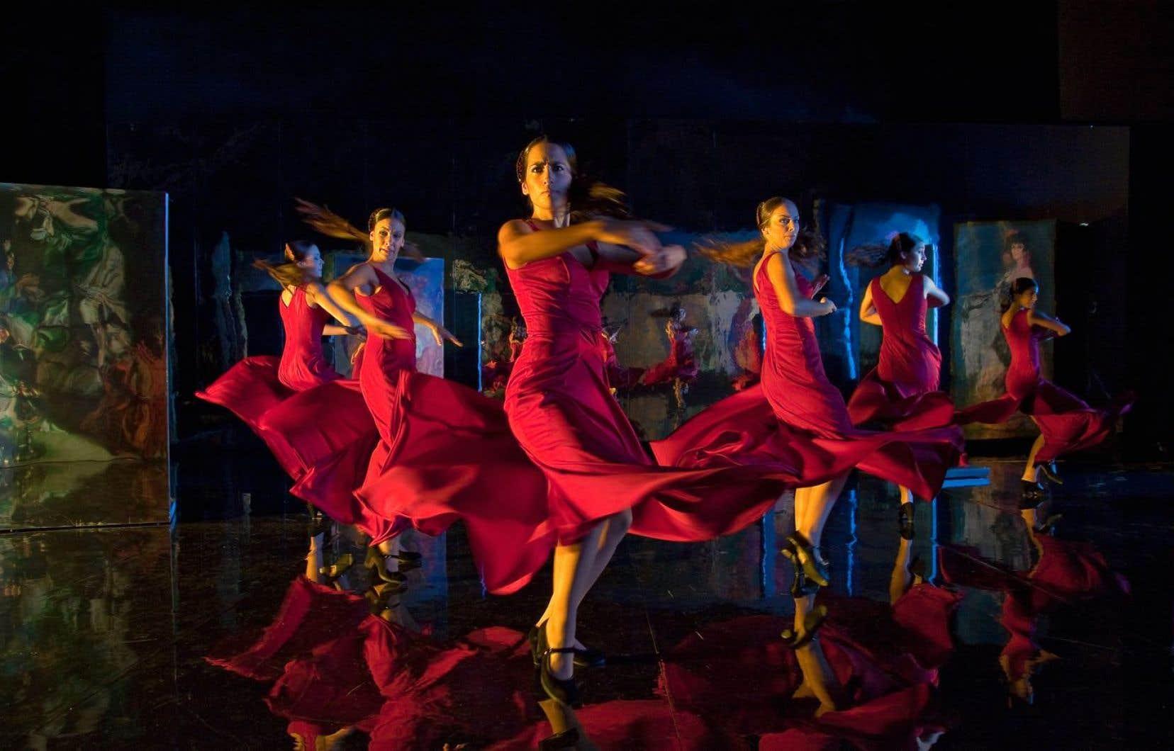 L'immense réalisateur espagnol Carlos Saura, en marge de la fiction, s'est beaucoup intéressé à la musique et à la danse par l'entremise du documentaire. «Flamenco flamenco» est l'un des meilleurs opus de ce volet de sa filmographie.