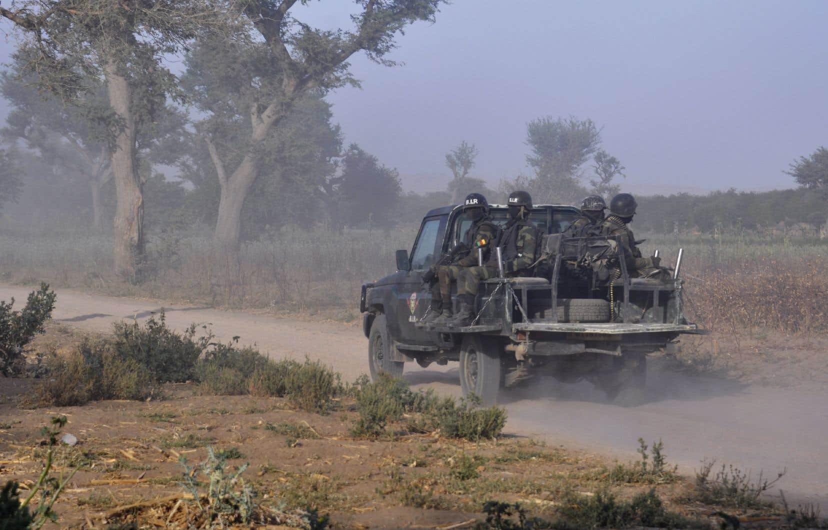 Des membres de la Force d'intervention rapide du Cameroun en mars 2019, dans le nord du pays.