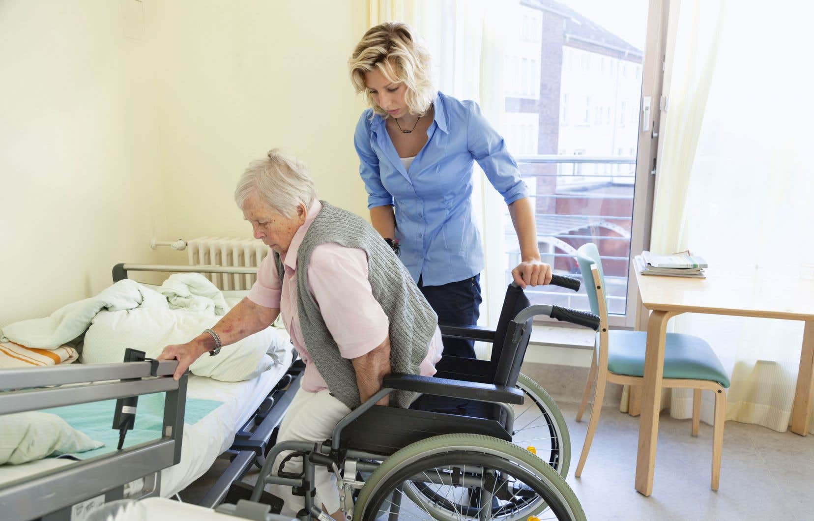 L'OIIQ dit cependant être tout à fait à l'aise d'accorder des attestations d'exercice à titre de candidate ou candidat à l'exercice de la profession d'infirmière à des non-diplômés.