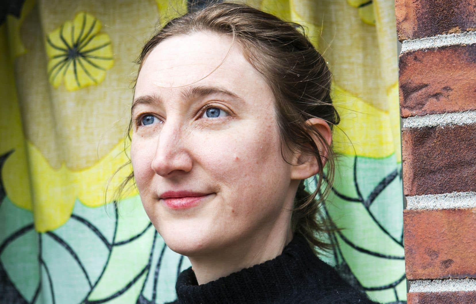 «Les livres qui m'ont toujours aidée à vivre, ce sont les autobiogra-phies des autres, parce qu'elles m'aident à me sentir moins seule, confie Julie Delporte. Elles me donnent l'impression de partager quelque chose de vrai.»